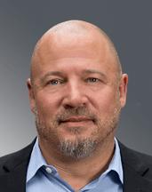 Bruce Knivila